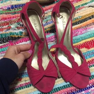 Size 9 pink open toed heels